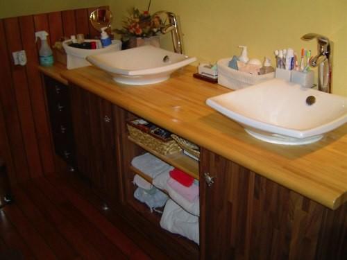 Mobilier salle de bain caen falaise mobilier en bois for Mobilier salle de bain bois